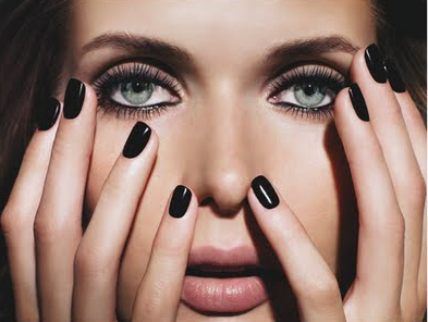 black-nail-polish-poll-fashion